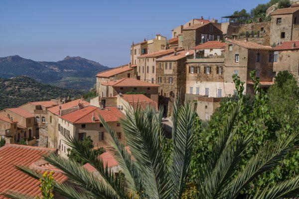 Korsika_Dorf